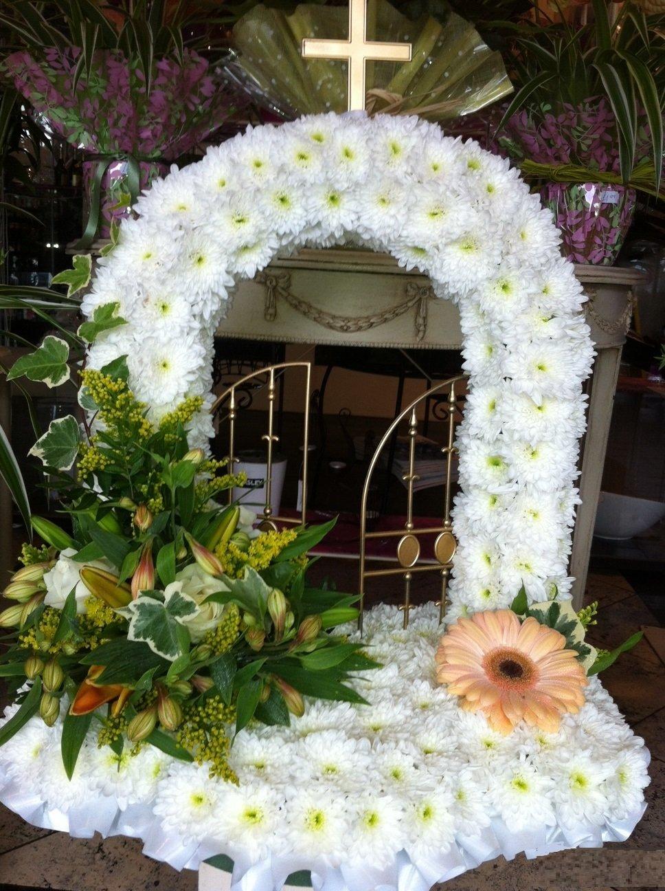 White colour tribute flowers