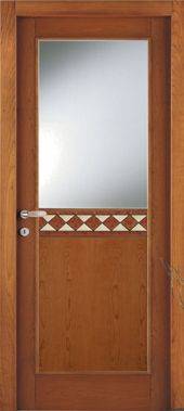 una porta meta in legno e meta' in vetro