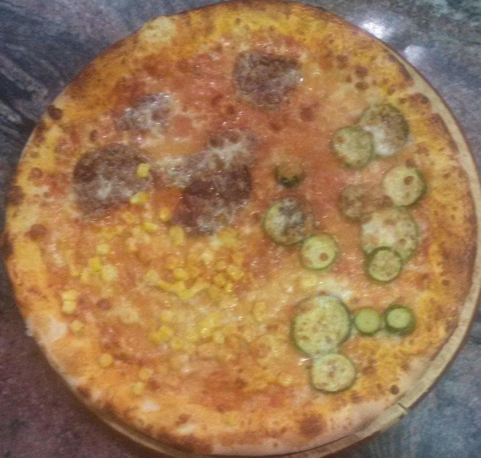 pizza tre colori aosta