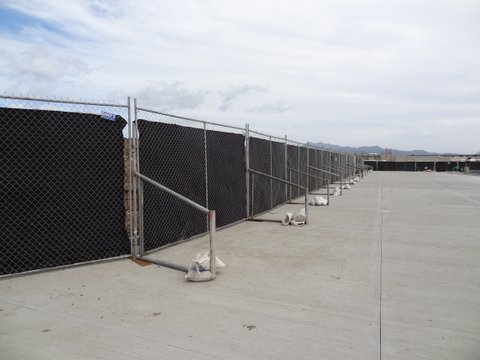 T Stand & Dust Screen Temporary Fence in Honolulu, HI