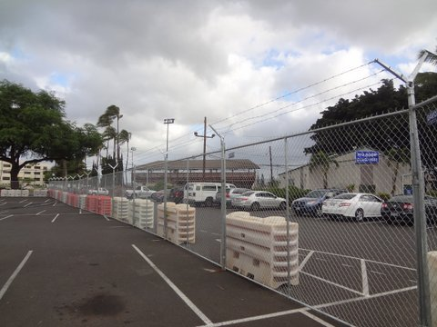 T Stand & Barbed Wire Temporary Fence installed by David's Fence in Honolulu, HI