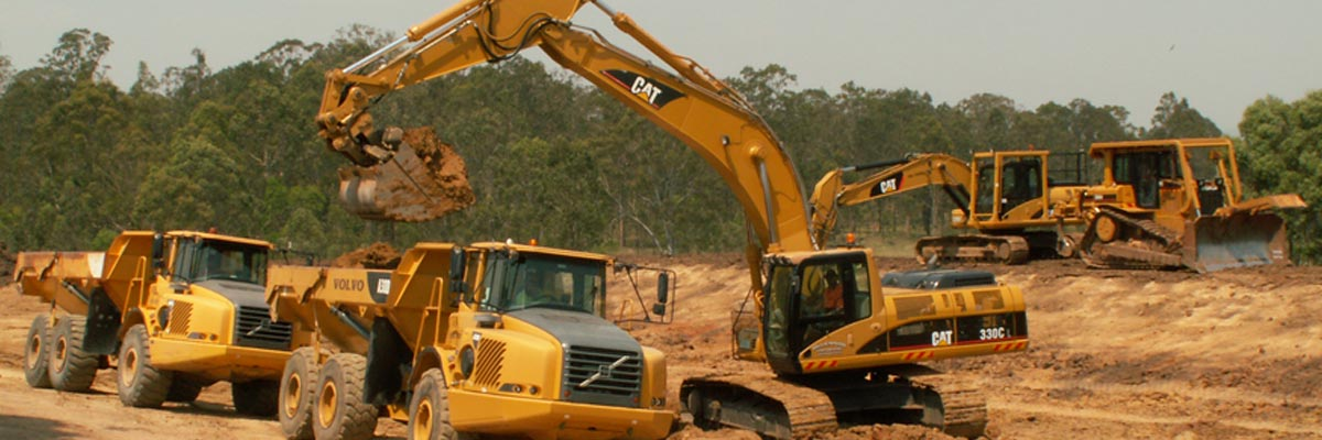 mclennan earth moving excavators