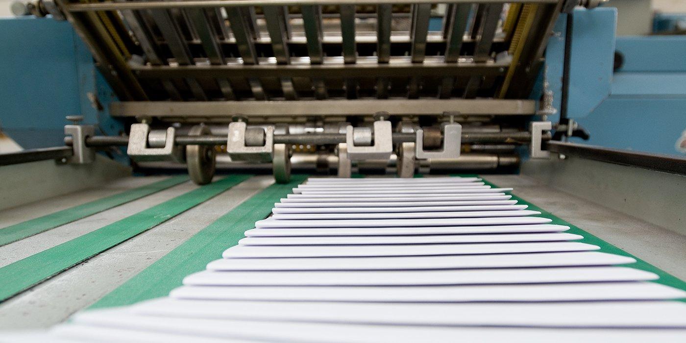 vista di un macchinario per stampe grafiche