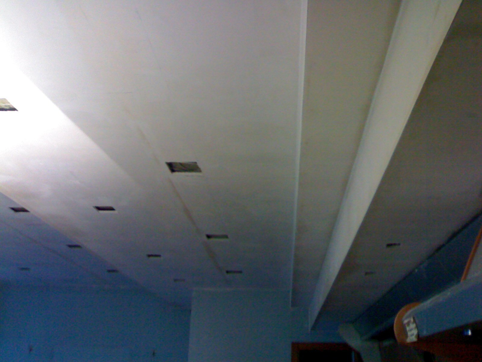 decorazione  soffitto blu