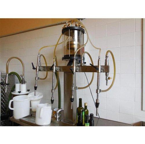 Macchina per imbottigliamento olio extra vergine di oliva