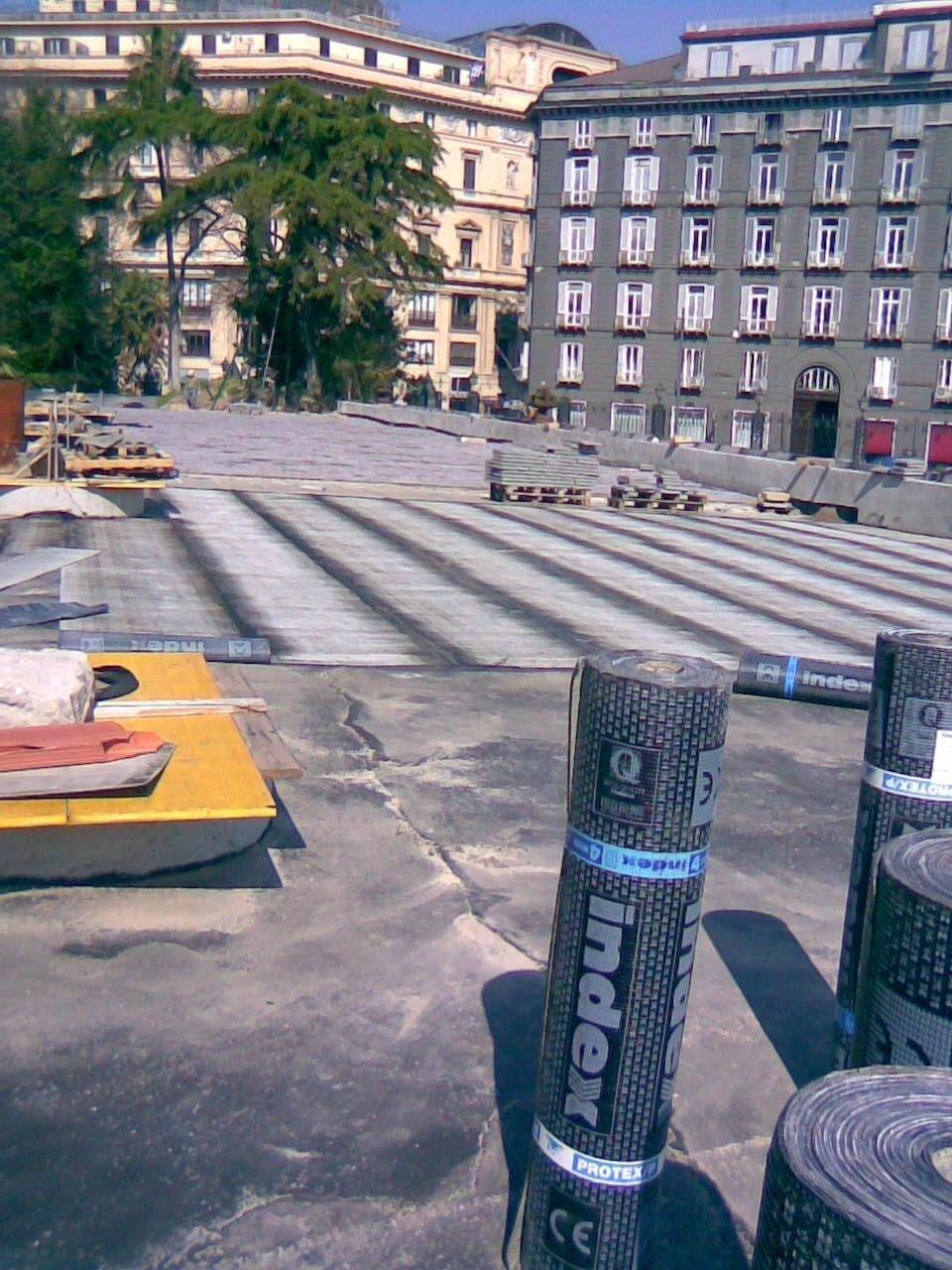 Lavoro al Palazzo Reale di napoli con asfalto minerale  e guaina
