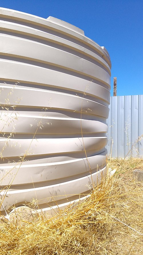 crumbling cylinder water tank