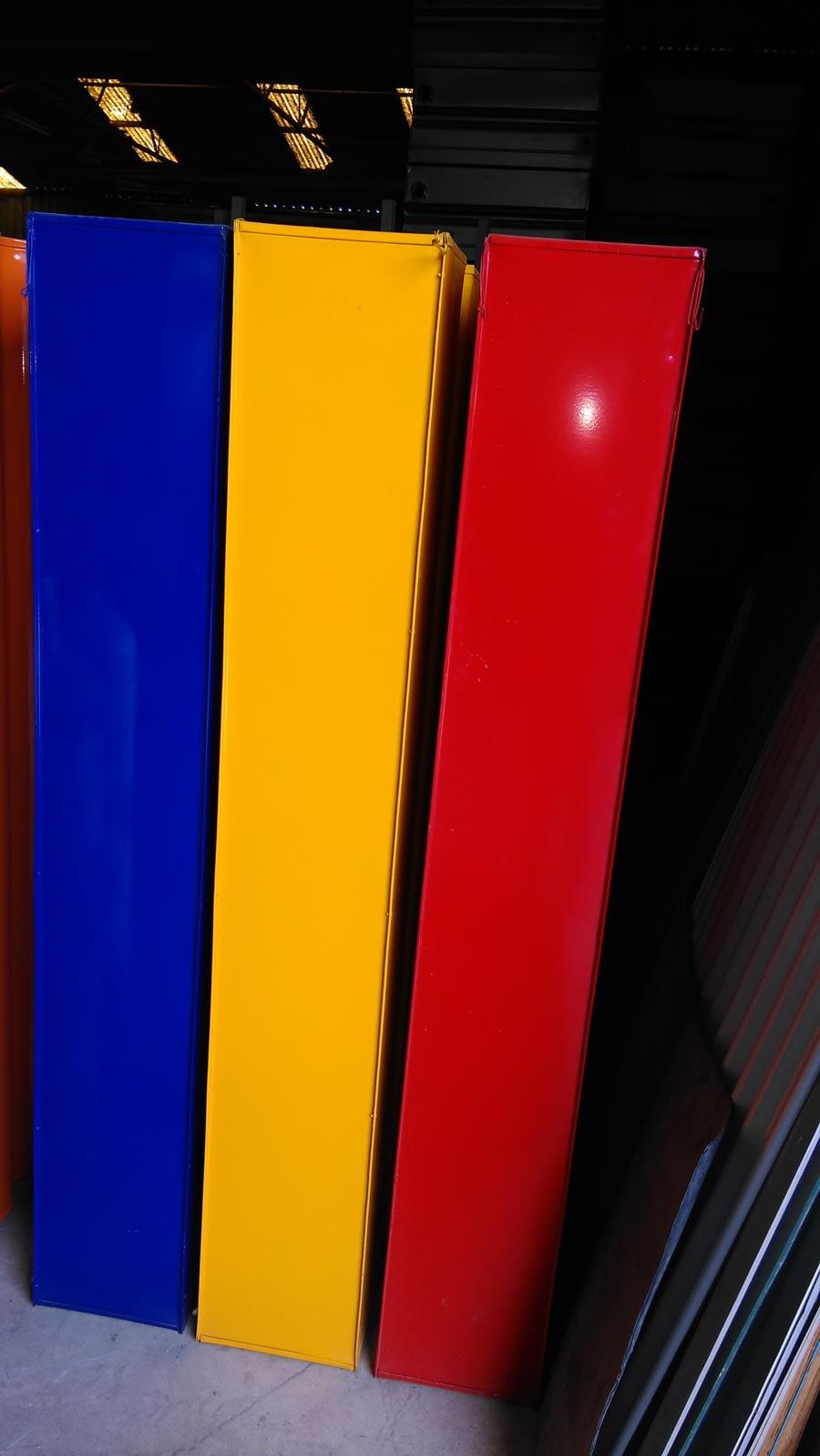 close up on modular slim tank