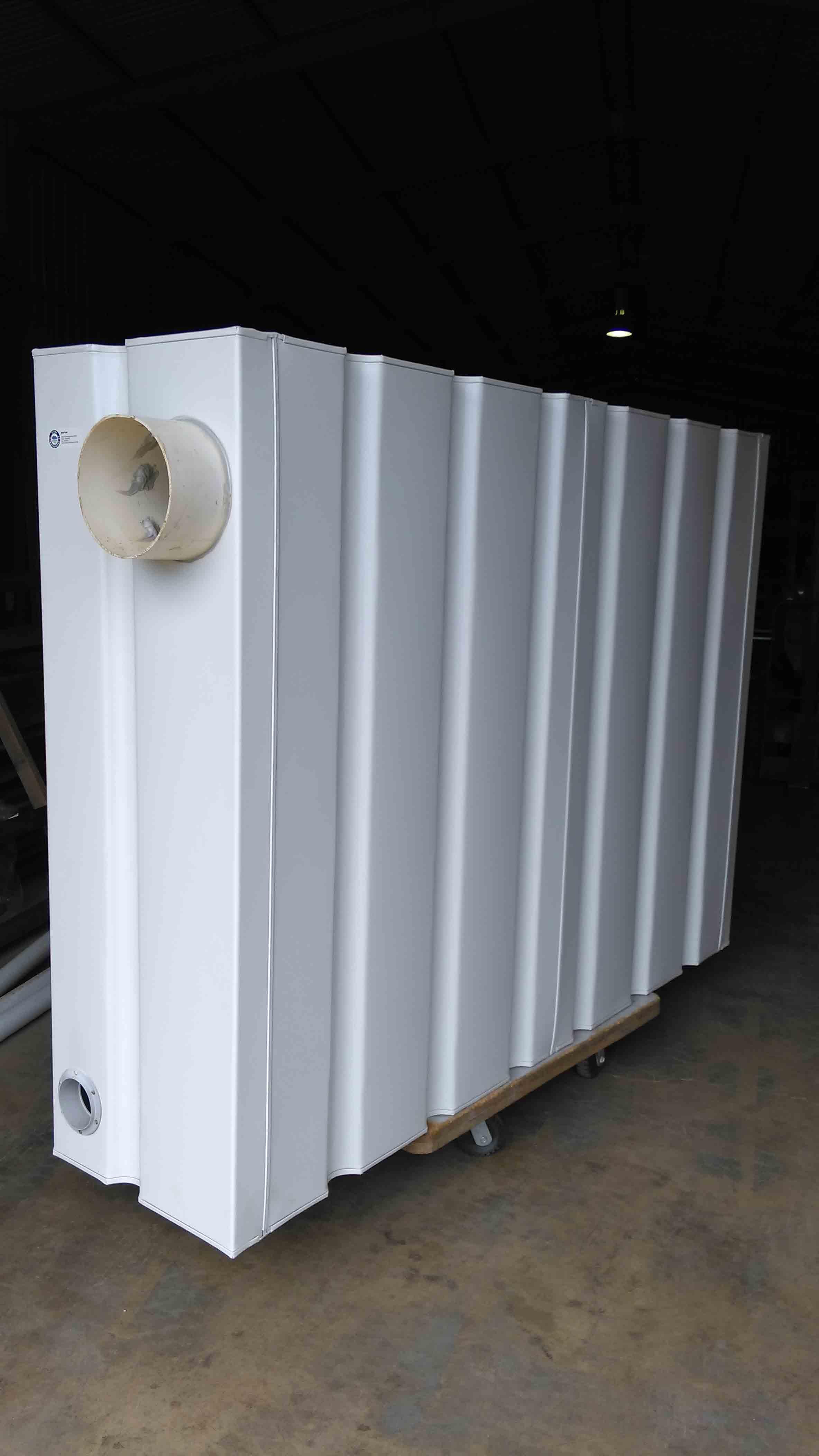 white modular slim tank