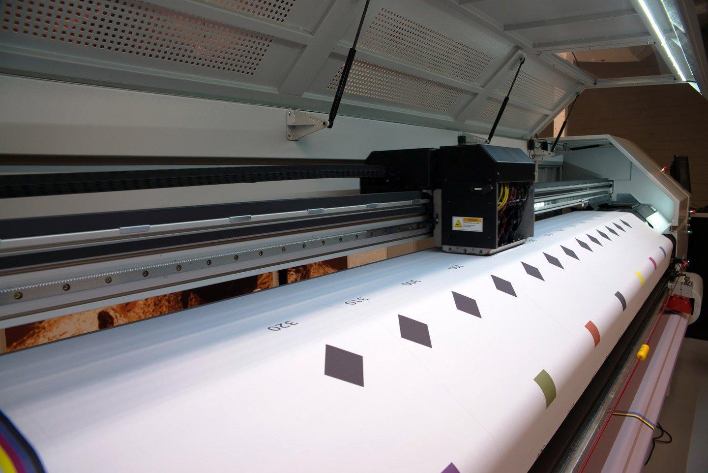 stampante per cartelloni