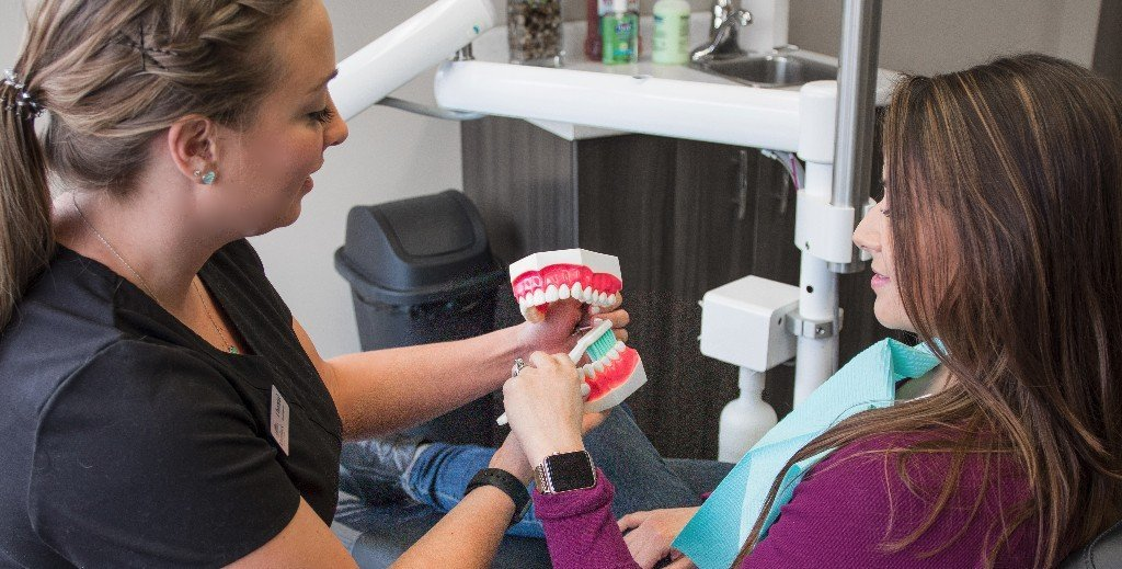river rock dental hygiene, dental hygienist, teeth whitening, teeth cleaning, toothbrush, barrie, ontario, dental office
