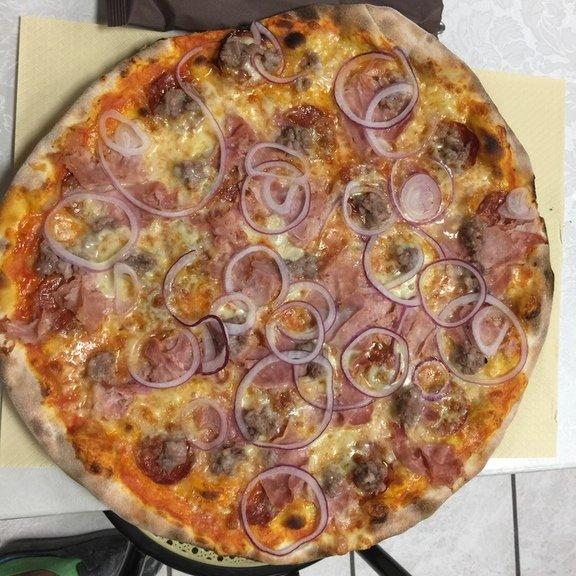 pizza con cipolle