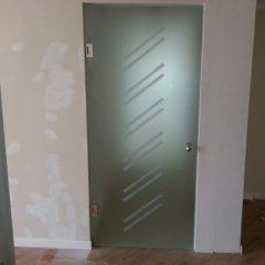 porta di sicurezza decorata