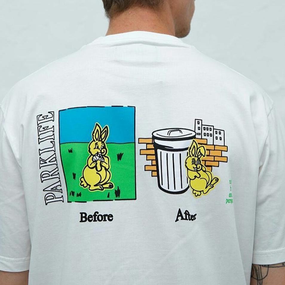 una maglietta bianca con le immagini di un coniglio e la scritta before e after