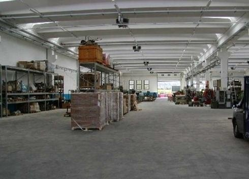 turning warehouse lecco