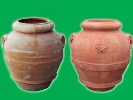 due anfore in terracotta con due manici