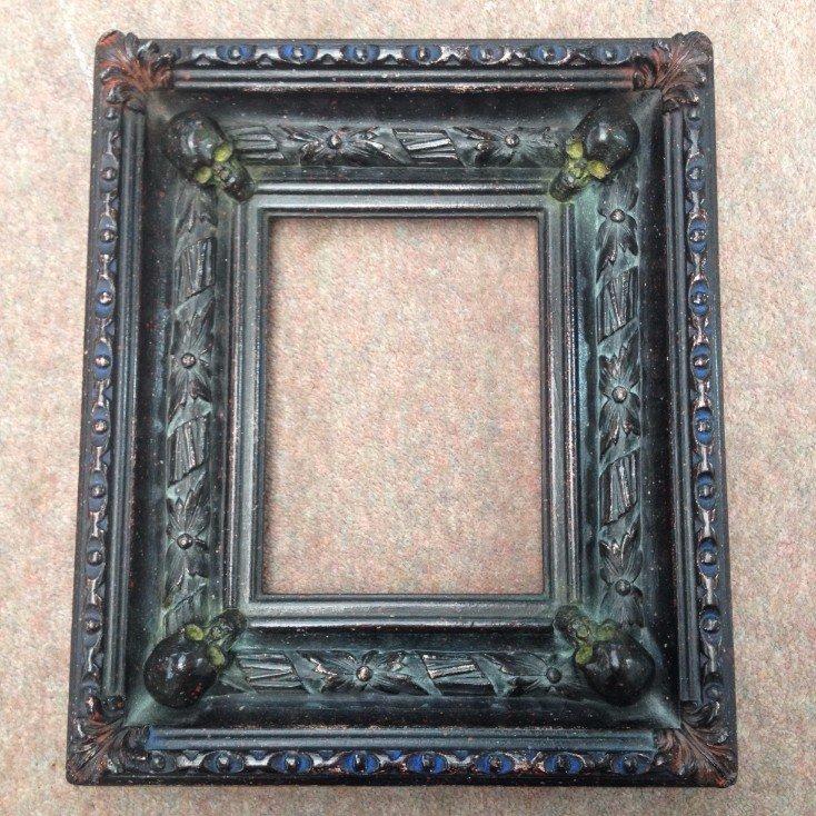 Momento Mori skull frame, Halloween picture frame
