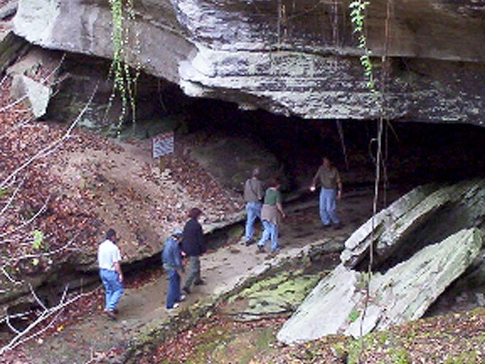 War Eagle Cavern - Cave Tours