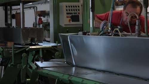 Lavorazioni in zinco per urne cinerarie - Perugia