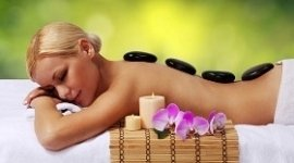 massaggi con pietre