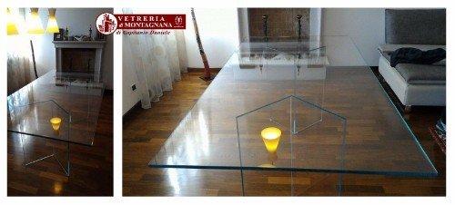 tavolo in vetro e ferro