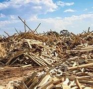Smaltimento legno e plastica