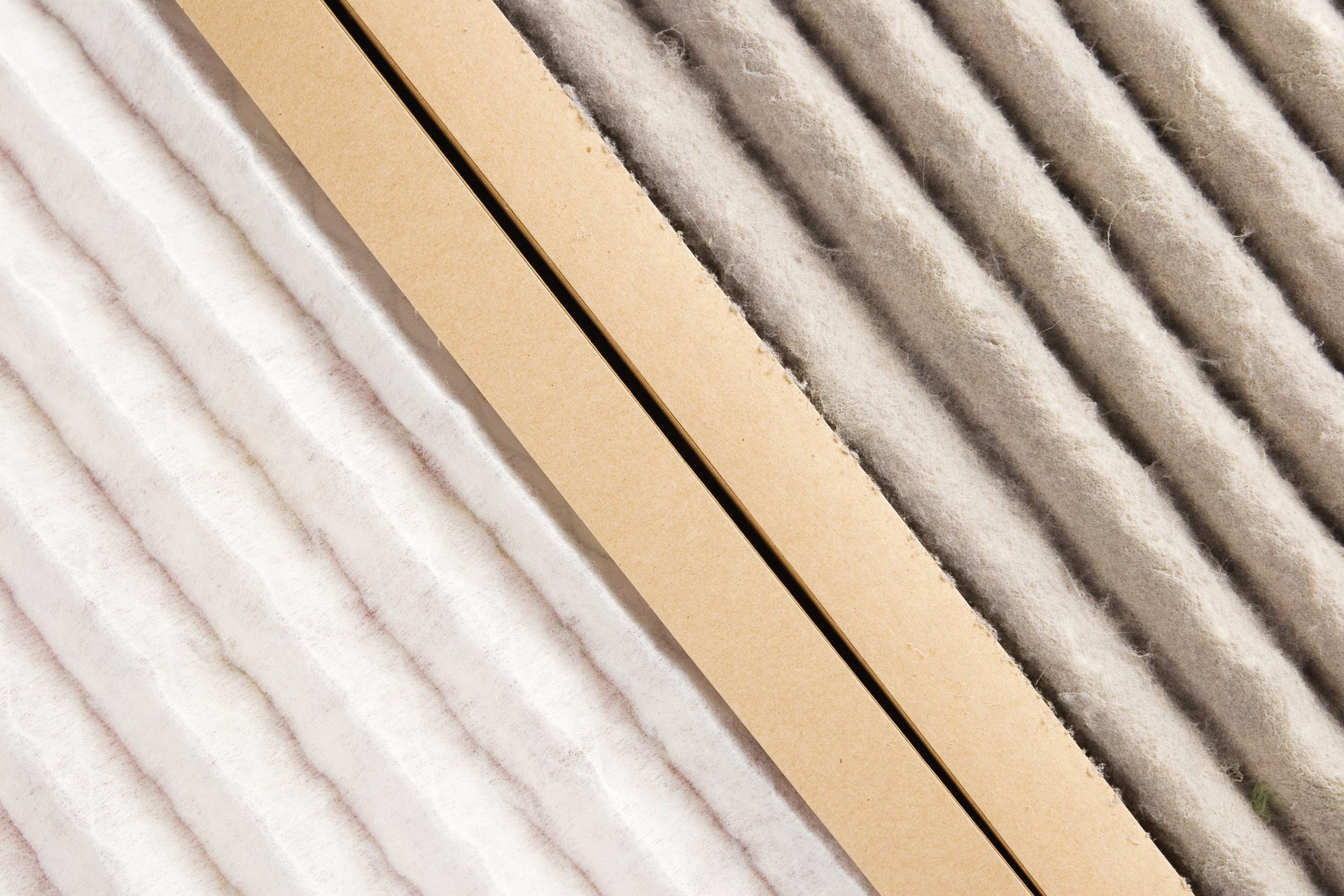 Replacing dirty air filters in Houston TX | AirCon Service Company