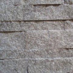 Rivestimento a spacco,pierre naturelle clive,naturstein,stone