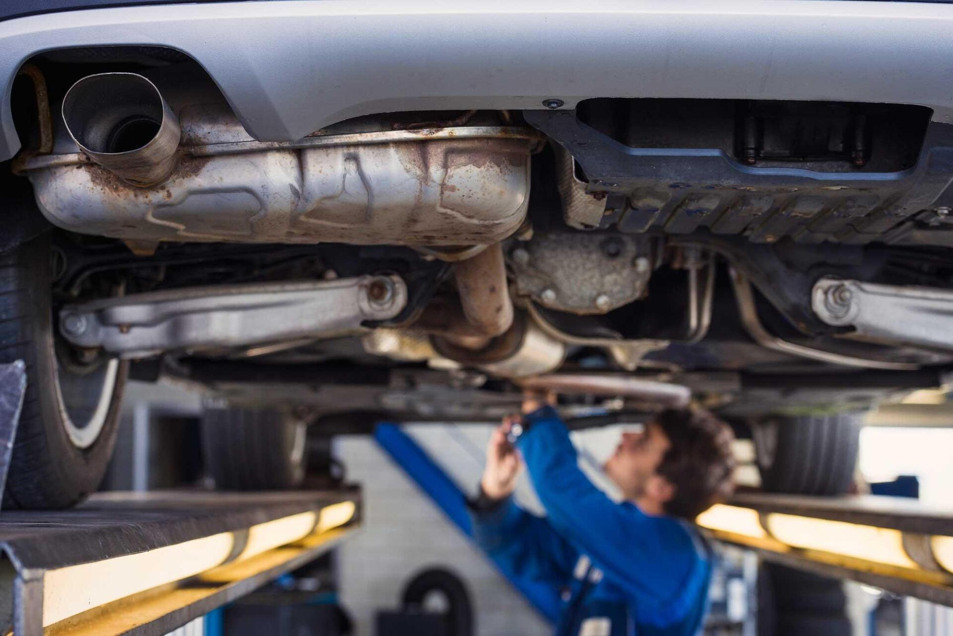 how much to fix exhaust leak