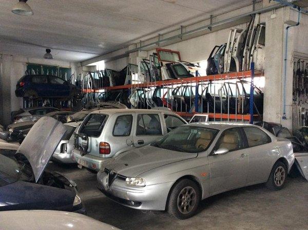 Vendita Sportelli Auto Usati