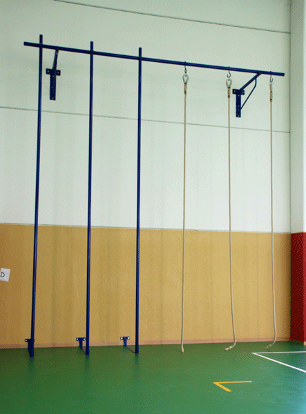Palco di salita da fissare a parete mediante tasselli