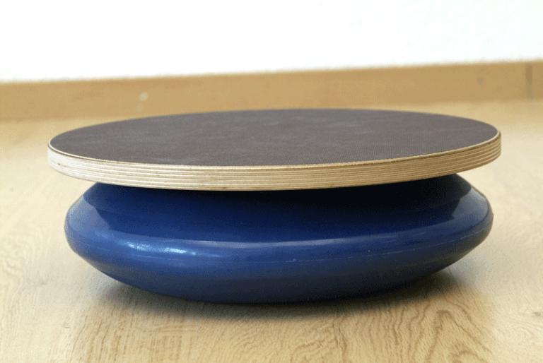 Tavoletta Proprio di legno con palla elittica gonfiabile adatta per la ginnastica riabilitativa e propriocettiva
