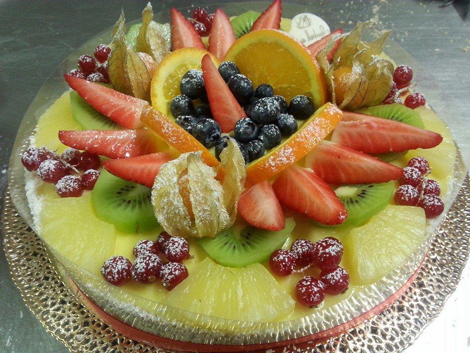 torta con frutta
