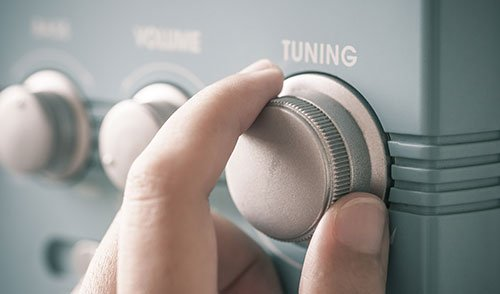 Tuning fm radio button