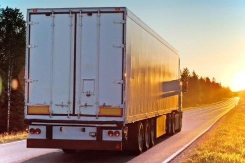Trasporto merci con mezzi furgonati, telonati e frigo.