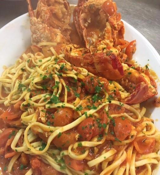 spaghetti con crostacei