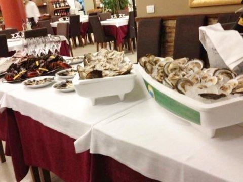 buffet di antipasti di mare