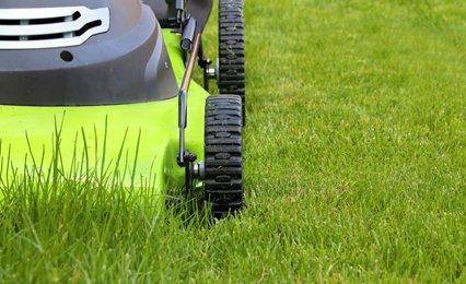 grass cutting equipments
