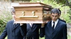 Trasporti, pratiche cimiteriali, servizi funebri completi