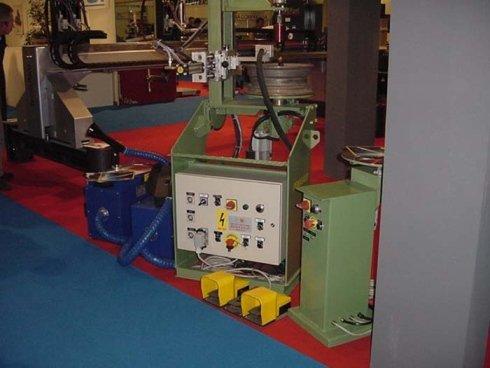 macchine industriali, macchinme per lavorazione metalli