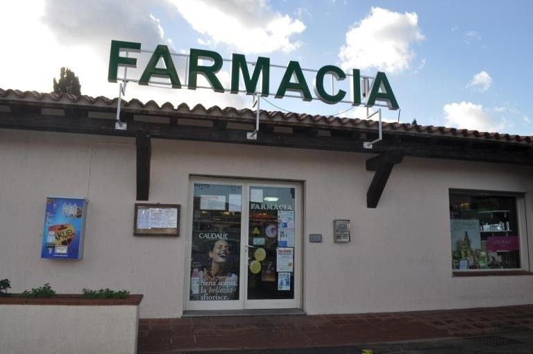 Monaco Pharmacy in San Teodoro