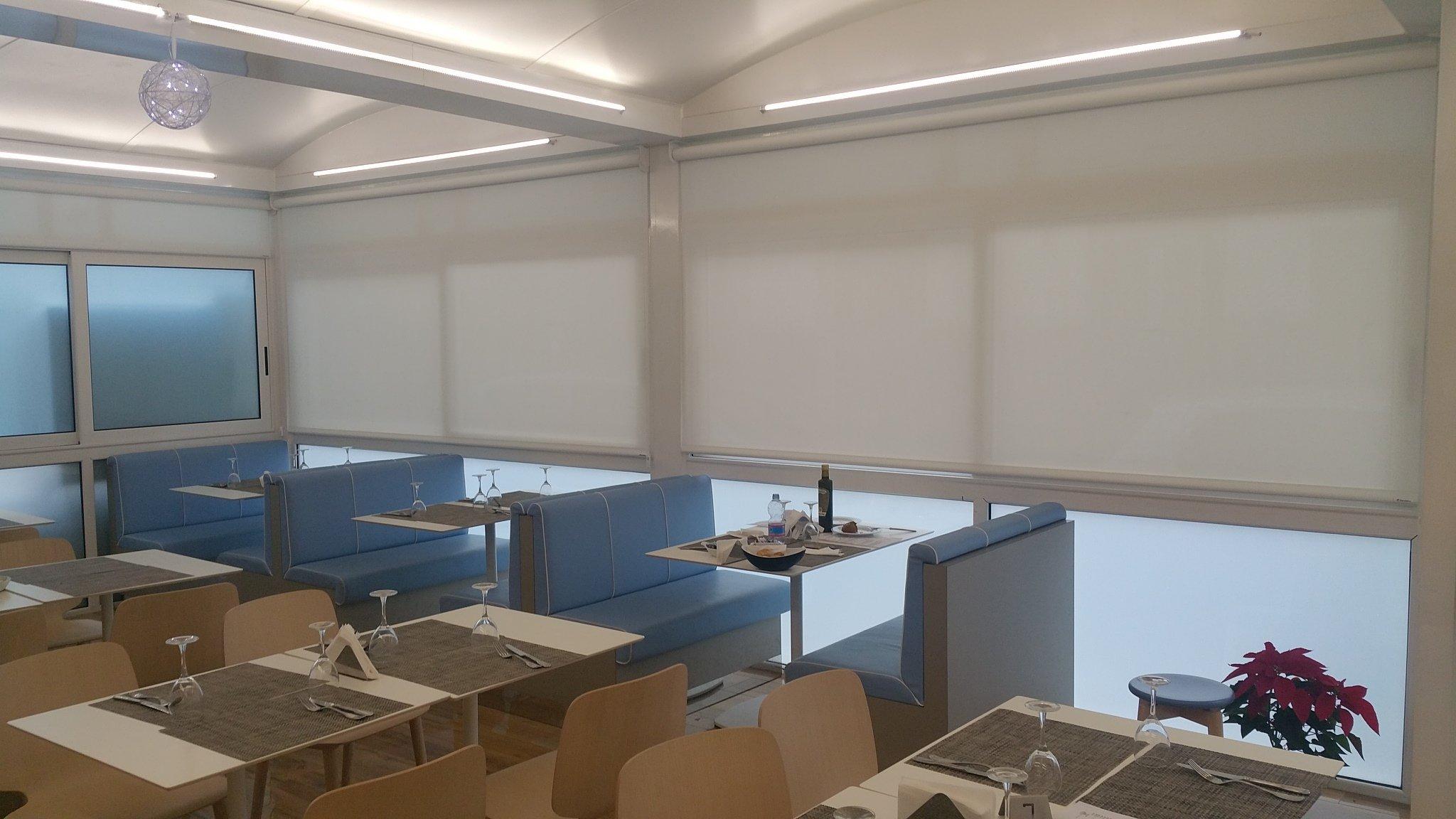 Arredi ufficio palermo interesting reception bridge with for Arredamento moderno palermo