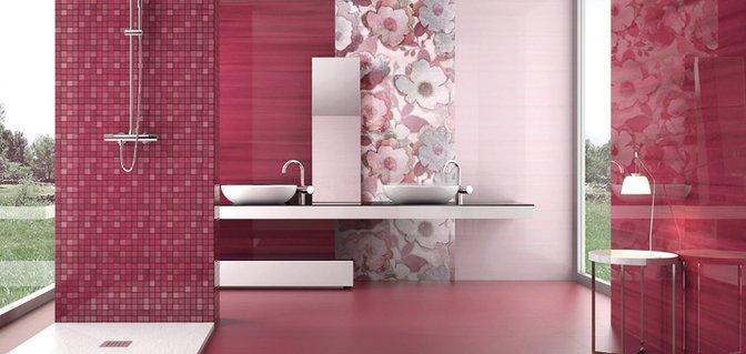 un bagno moderno con piastrelle fucsia