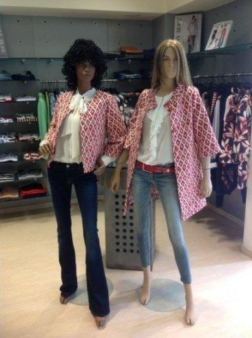 jeans e mantelle