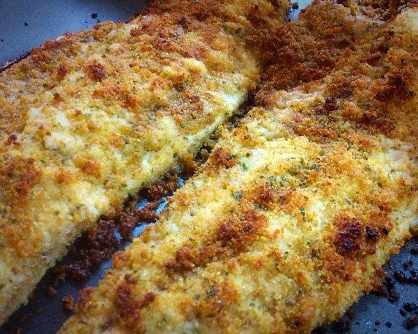 Due filetti di pesce gratinati