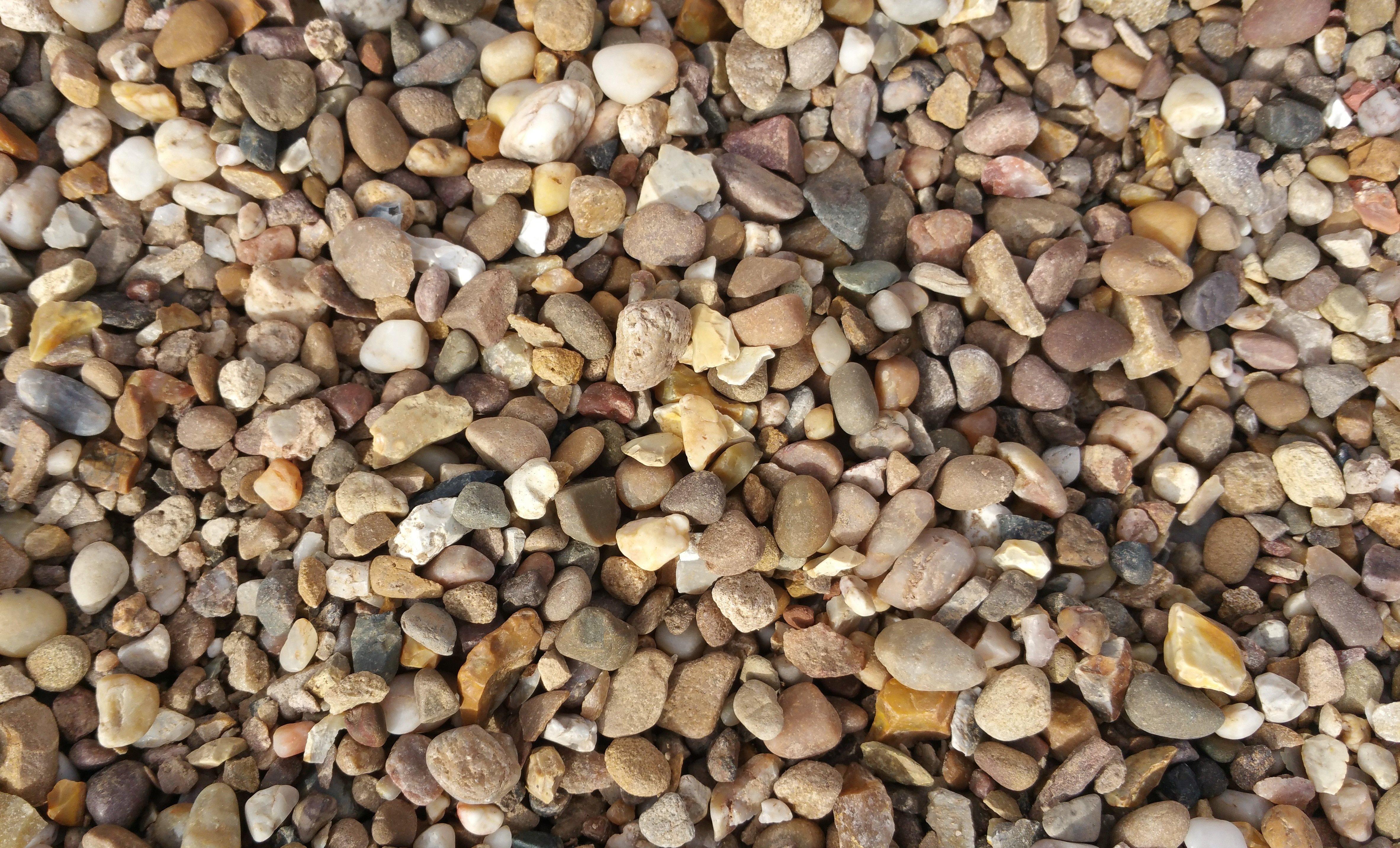 mixed coloured stones