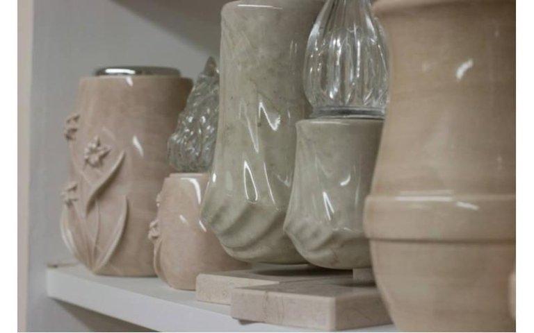 Urne cinerarie in ceramica