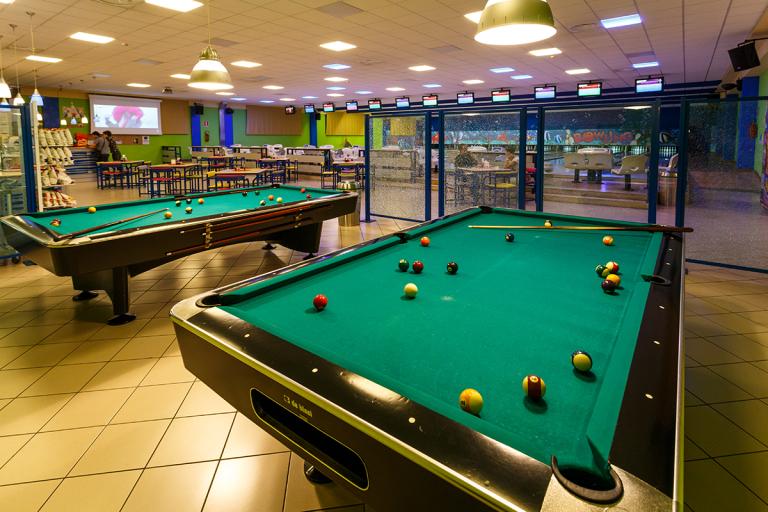 Sala giochi oristano or bowling oristano for Sala giochi del garage