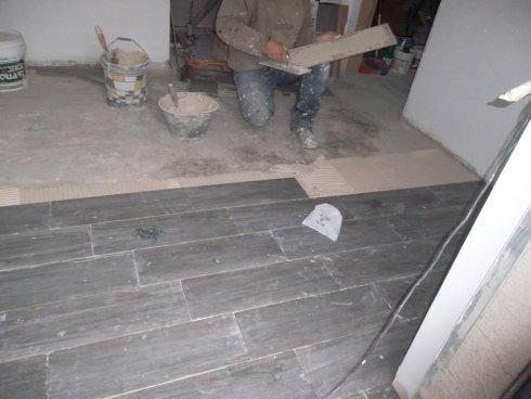 Posa in opera pavimento effetto legno 20x60 cm