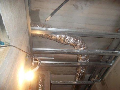 Canalizzazione aria e struttura per cartongesso